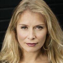 Elle van Rijn Image