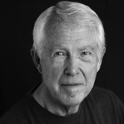 Michael J. Reynolds Image