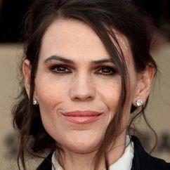 Clea DuVall Image