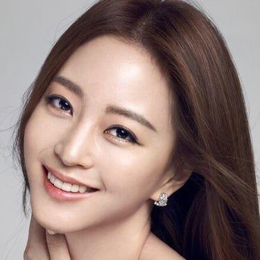 Han Ye-seul Image