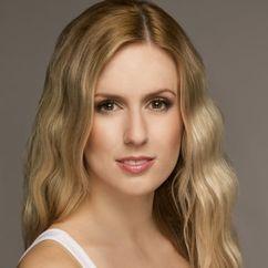 Kristen Ryda Image