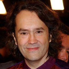 Carter Burwell Image