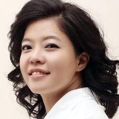 Kim Yeo-jin Image