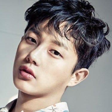 Kim Min-seok Image