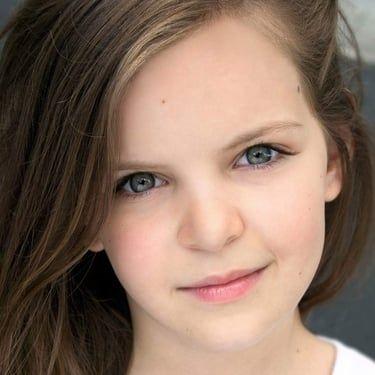 Samara Lee