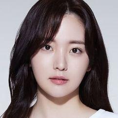 Kim Chae-Eun Image