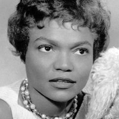 Eartha Kitt Image