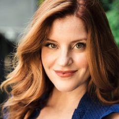Elizabeth Bond Image