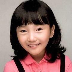 Lee Ji-Eun Image