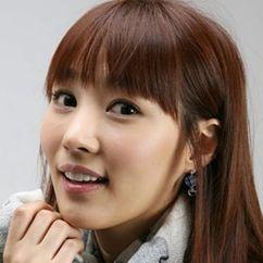 Yoo Seol-Ah Image