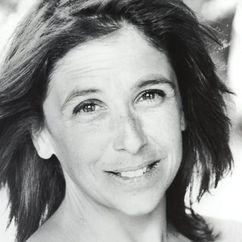 Kathryn Hunter Image