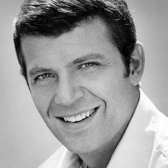 Robert Reed Image