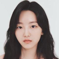 Cho Yi-hyun Image