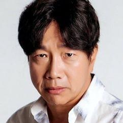 Park Chul-min Image