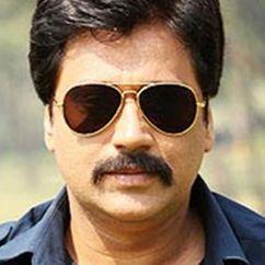Manu Rishi Chadha Image