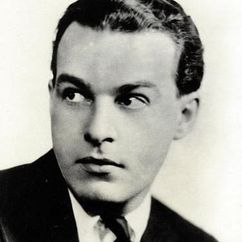 Alfred Lunt Image