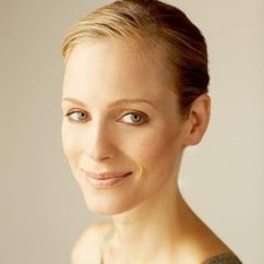Laura Regan Image