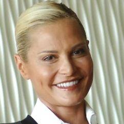 Simona Ventura Image