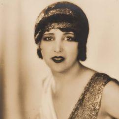 Estelle Taylor Image
