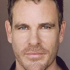 Aaron Jeffery Image