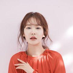 Jung Yoo-Jin Image