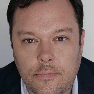 Michael Gladis Image