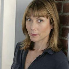 Nina Hellman Image