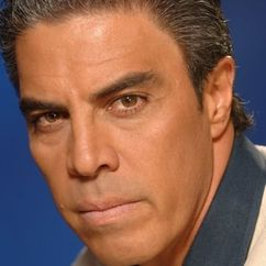 Luis Gatica Image