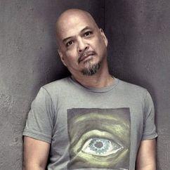 Joey Santiago Image