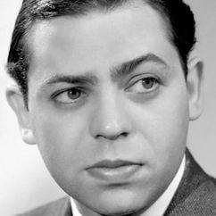 Oscar Levant Image