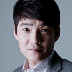 Kim Jeong-hyeon Image