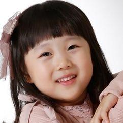 Kim Ha-yoo Image