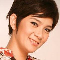 Dian Nitami Image