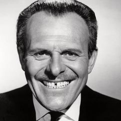 Terry-Thomas Image