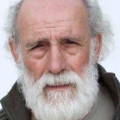 Carlos Álvarez-Nóvoa Image