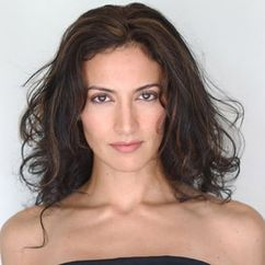 Gina Valona Image