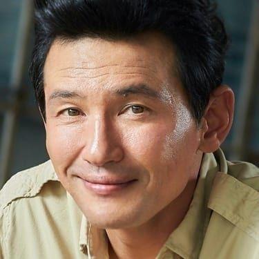 Hwang Jung-min Image