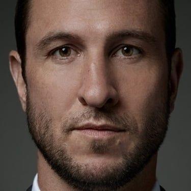 Pablo Schreiber Image