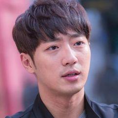 Lee Sang-Yeob Image