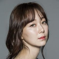 Lee Yoo-young Image