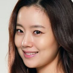 Moon Chae-won Image