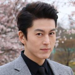 Ryu Soo-young Image