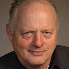 Robert Pugh Image