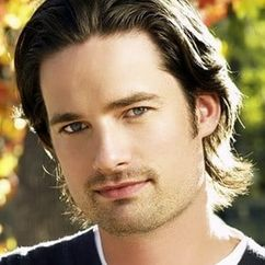 Warren Christie Image