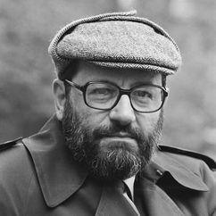 Umberto Eco Image