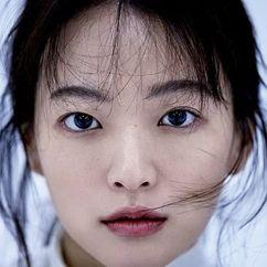 Chun Woo-hee Image