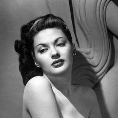 Yvonne De Carlo Image