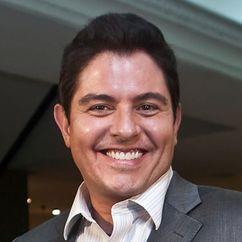 Ernesto Laguardia Image