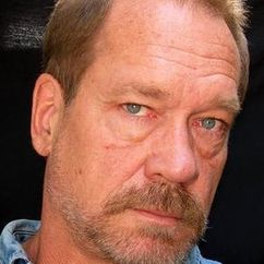 Dennis Hayden Image