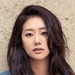 Hyun Jyu-ni Image